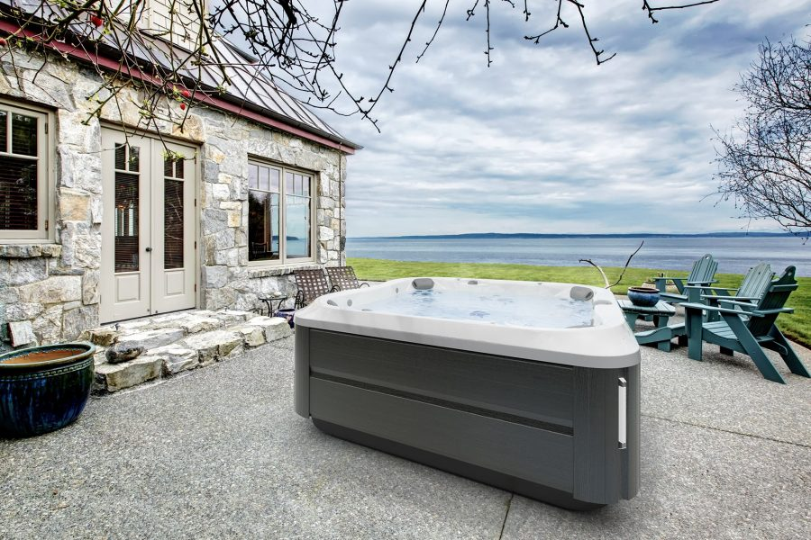 J-385 Jacuzzi Hot Tub in West Virginia